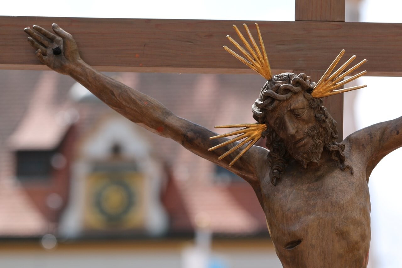 Nahaufnahme Jesus am Kreuz (c) Christian Horger